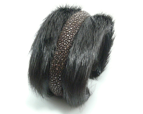 BANGLE  40mm horse fur.